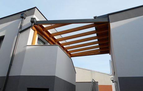 Überdach aus Glas von der Glaserei Kovacs