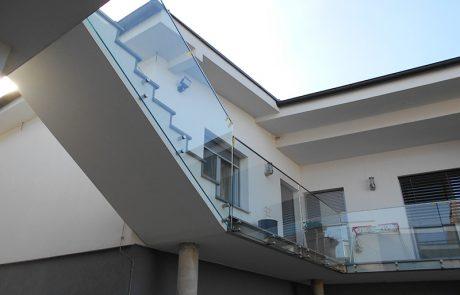 Geländer aus Glas von der Glaserei Kovacs