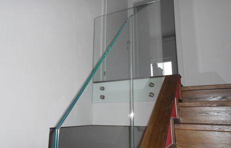 Stiegengeländer aus Glas von der Glaserei Kovacs